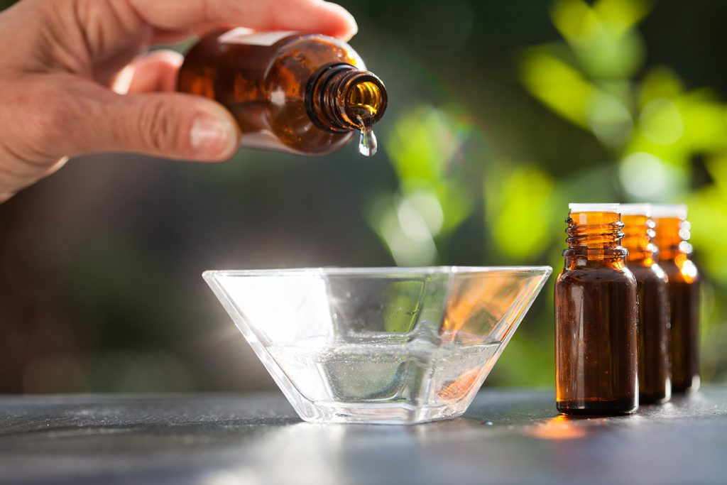 DIY essential oil recipe for hair growtn