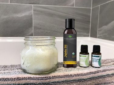 epsom salt bath with essential oils